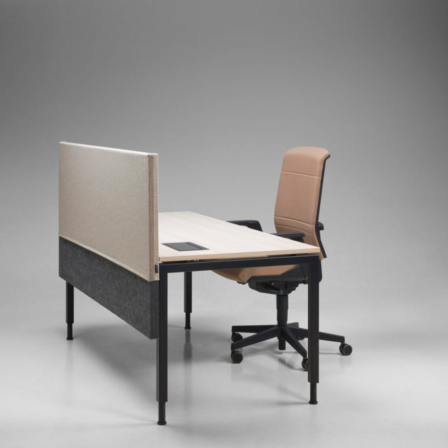 table reglable en hauteur electrique piano el 5
